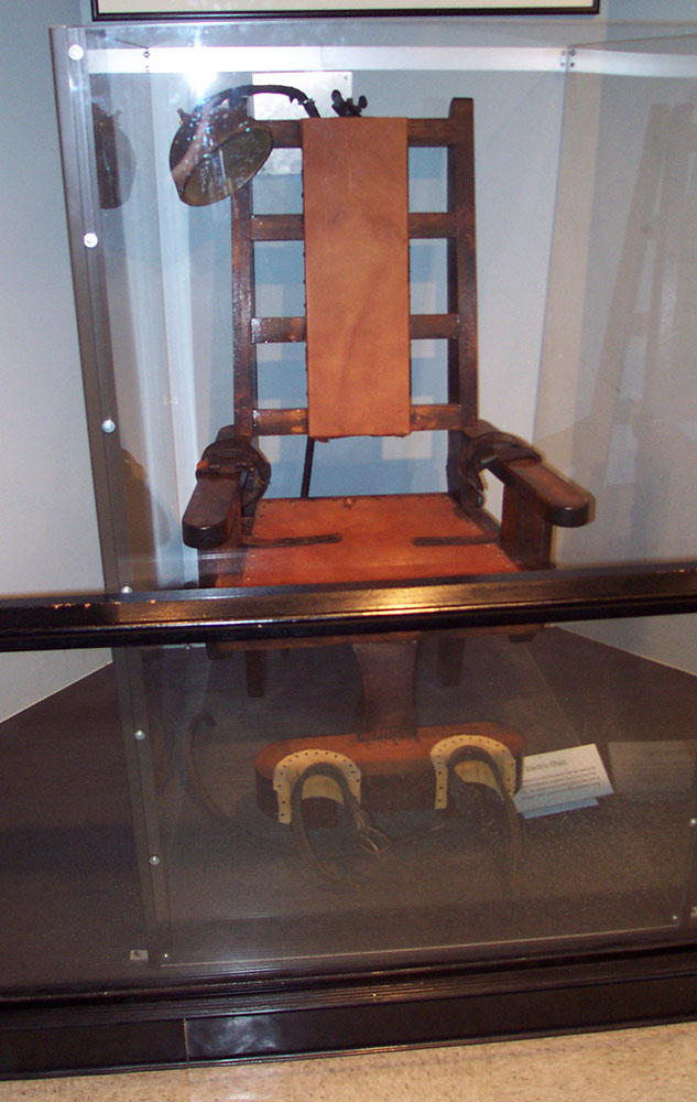 This imposter of an electric chair doesn't do it for me either. I want Old Sparky, dammit!